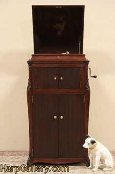 Victor Victrola VV-XVI Antique Phonograph Record Player - Harp Gallery Antique Furniture