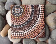 Autochtones Dot Art peinture, terre, la conception par Biripi artiste Raechel Saunders, 4 « x 4 » toile de tableau, peinture acrylique, marron décor, art de l