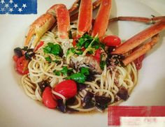Happy Memorial Day weekend everyone.   Sunday night dinner.   Snow Crab Legs N Spaghetti. Crab, white wine, lemon garlic herb broth with diced red onion halved grape tomatoes finished with butter.  Crab topped with a fresh parsley lemon zest n tomato strips.