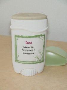 Tue, 06.03 Icon  Selbstgemachtes Deo mit Lavaerde, Teebaumöl und Palmarosa