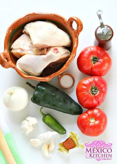 Braised Chicken w/ Tomatoes (Pollo Entomatado Sencillo)