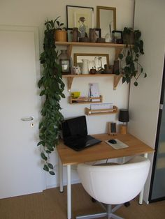 Yes You Can Fit A Home Office Into Your Tiny Home &; Each of us has different needs and material opp&; Yes You Can Fit A Home Office Into Your Tiny Home &; Each of us has different needs and material […] Homes Organization Tiny Home Office, Small Home Offices, Home Office Design, Home Office Decor, Small Apartments, Home Decor, Office Designs, Office Desk, Small Office