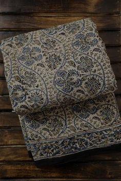 Cotton Sarees Online, Silk Cotton Sarees, Beautiful Dress Designs, Beautiful Dresses, Flower Coloring Pages, Thing 1, Saree Models, Handloom Saree, Saree Collection