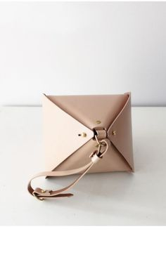 MYDEERFOX triangular bag leather art design fashion handbag clutch sculpture geometric structured veg tan natural brass