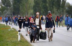 Austria despliega Ejército para controlar flujo de #refugiados http://tlsur.net/1iax3OS