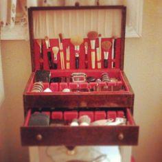 Vintage Makeup Cases 57