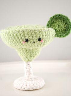 crochet cocktail-margarita amigurumi.