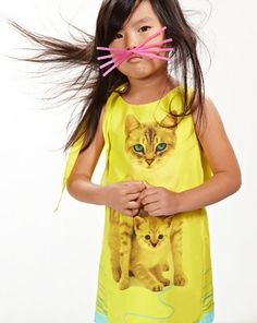 Anne Kurris - love the whiskers. Does the blowy hair automatically come with the whiskers? Cat Dresses, Little Dresses, Little Girl Fashion, Kids Fashion, Kids Outfits, Cute Outfits, Stylish Kids, Glamour, Cute Kids