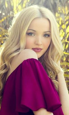 Dove Cameron Mobile Wallpaper - Best of Wallpapers for Andriod and ios Dove Cameron Descendants, Dove Cameron Style, Mobile Wallpaper, Wallpaper Wallpapers, Female Actresses, Star Wars, S Girls, New Girl, Girl Photography
