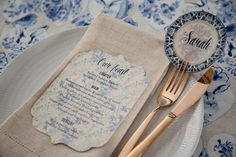 Blue and white delft wedding table setting with scalloped edge menu and round place-card. Styling by Jani Venter. Photo by Rikki Hibbert. Flowers by Diamonds & Pearls Event Styling. Wedding Stationery, Wedding Invitations, Alex Michael, Wedding Table Settings, Scalloped Edge, Event Styling, Delft, Poppy, Place Cards
