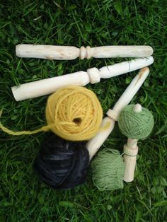 Wool/yarn winding sticks - Short Courses in whittling the ball stick and ball technique (Viking Average) #thelivinghome #waldorfish