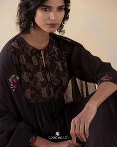 Good Earth India, Kurti Styles, Indian Tunic, Anita Dongre, Desert Rose, Color Combos, Hemline, Sarees, Fashion Women