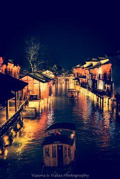 Ponderation — visionsandvistas:   Wuzhen, China