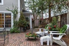 Love this enclosed patio.  No grass in this backyard. Geneva Christmas House Tour 2014