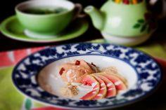 Que tal uma Nuvem de Goiabada com Farofa de Paçoca de sobremesa? Confira a receita da chef Morena Leite do restaurante Capim Santo, clicando no link da www.flashesefatos.com.br