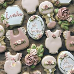 The sweetest baby shower colors Deco Baby Shower, Bebe Shower, Girl Shower, Baby Shower Themes, Baby Shower Decorations, Shower Ideas, Baby Girl Cookies, Baby Shower Cookies, Waco Texas