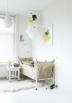 Inspiration for kid's room #kidsroom #nursery #bed #vintage