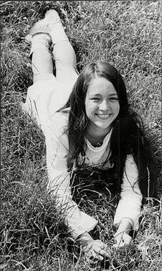 English Actresses, British Actresses, Actors & Actresses, Zeffirelli Romeo And Juliet, Black Hair Aesthetic, Leonard Whiting, Old Film Stars, Death On The Nile, Olivia Hussey