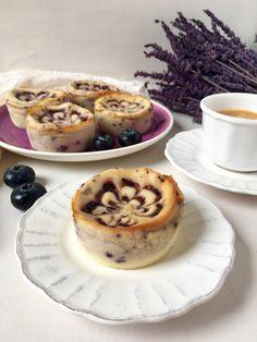 Mini tartas de queso con arándanos http://irenecocinaparati.com/mini-tartas-queso-arandanos/