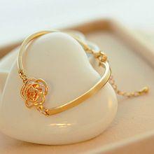 2015 Women Golden Flower Crystal Rose Bangle Cuff Chain Bracelet Chic Jewelry Present  Fashion Style
