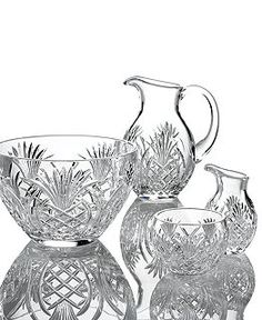 Waterford Crystal Serveware Pineapple Hospitality Collectiondaughter would l - Serveware - Ideas of Serveware - Waterford Crystal Serveware Pineapple Hospitality Collectiondaughter would love Crystal Glassware, Waterford Crystal, Feng Shui, Crystal Illustration, Pineapple Kitchen, Antique Dishes, Crystal Meanings, Serveware, Cut Glass