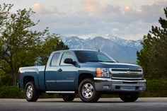 2014-chevrolet-silverado-high-country-hd-wallpaper-wallcapturecom-1200x800