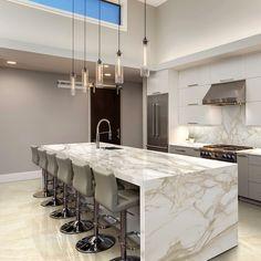 Luxury Kitchen Design, Kitchen Room Design, Contemporary Kitchen Design, Luxury Kitchens, Home Decor Kitchen, Kitchen Living, Interior Design Kitchen, Home Kitchens, Kitchen Ideas