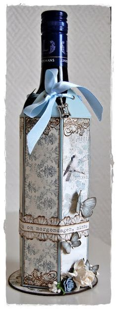 Bottle cover - Great way to wrap a gift. Could be a bottle of wine or a gourmet cooking oil.