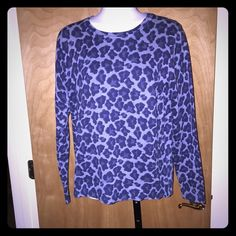 LIZ CLAIBORNE Cotton Animal Print Sweater Cute crew neck pullover sweater in 100% cotton.  It is a cheetah print in shades of navy and light blue.  Cute with denim.  No PP or trades.  Smoke and pet free home.  Will consider a REASONABLE offer 😘 Liz Claiborne Sweaters Crew & Scoop Necks