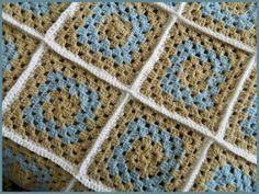 Free Crochet Patterns for the Beginner and the Advanced: Modern Traditional Granny Square Blanket ༺✿ƬⱤღ  http://www.pinterest.com/teretegui/✿༻