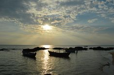 Vietnam Travel Guide: Planning The Ultimate Trip Through Vietnam - Departful Vietnam Travel Guide, Travel Tips, To Go, Places To Visit, Celestial, Sunset, How To Plan, Outdoor, Viajes