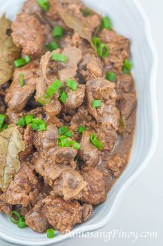 Chicken Liver and Gizzard Adobo is known locally in the Philippines as Adobong Atay at Balun-balunan. This is a traditional Filipino dish cooked inadobo style. Chicken Gizzard And Liver Recipe, Gizzards Recipe, Chicken Liver Recipes, Chicken Gizzards, Onion Recipes, Meat Recipes, Cooking Recipes, Chicken Heart And Liver Recipe, Pollo Chicken