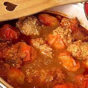 Sacher torta, klasszikus kedvencünk házi változatban - Blikk Rúzs Meat, Chicken, Food, Essen, Meals, Yemek, Eten, Cubs