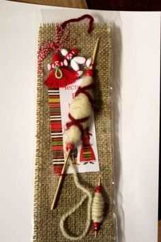 Мартеница пано с хурка и вретено Decor Crafts, Diy And Crafts, Baba Marta, International Craft, Santa Boots, Yarn Dolls, Minnie Birthday, Christmas Crafts For Kids, Christmas Stockings