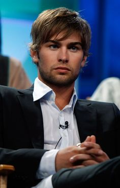 Chace Crawford - Chace's Facial Hair Appreciation Thread Chace Looks So Hot With Facial Hair! Gossip Girl Chuck, Gossip Girls, Chance Crawford, Im Chuck Bass, Patrick Schwarzenegger, Nate Archibald, Spanish Men, The Love Club, Gossip Girl Fashion