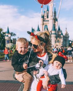 I love Disney so much and I can't wait to take this picture with my future family.