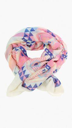 #pretty Geo scarf...