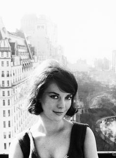 How gorgeous was this girl!! Natalie Wood, New York City - Claxton 1961