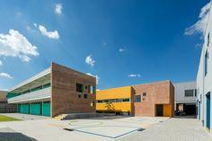 Galería de Taleny School / Aro Estudio - 1