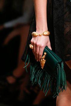 Valentino Colors Verde Esmeralda. SS 2014 Paris Etnic Bag