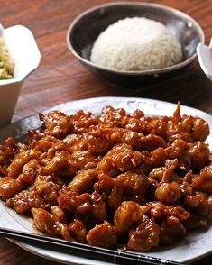 Original Orange Chicken By Panda Express Recipe by Tasty (chicken thighs preferred, HALF THE FLOUR) For some really cool cooking information, please click the link, and like the page. Easy Chinese Recipes, Asian Recipes, Healthy Recipes, Ethnic Recipes, Tasty Chicken Recipes, Recipe Chicken, Healthy Chicken, Healthy Tasty Food, Gastronomia