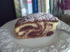 """Das perfekte Marmorkuchen """"extra-fluffig"""" --Rezept mit einfacher Schritt-für-Schritt-Anleitung: 1. Eier, Zucker, Vanillezucker und Sahne schaumig…"""