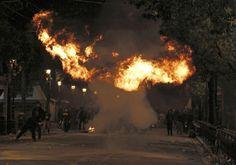Atene brucia