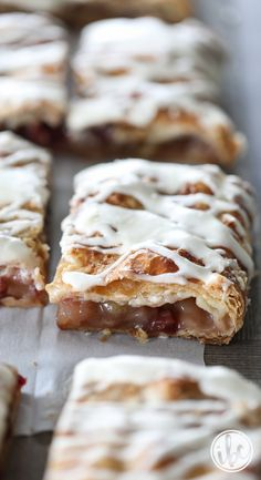 This Apple-Cranberry Slab Pie, made with frozen puff pastry dough, is a easy way to prepare a fall-inspired apple-filled dessert for a crowd. Fall Dessert Recipes, Desserts For A Crowd, Fall Desserts, Fall Recipes, Just Desserts, Delicious Desserts, Snack Recipes, Brunch Recipes, Yummy Recipes