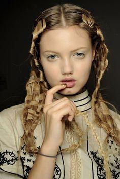 basket weave hair?