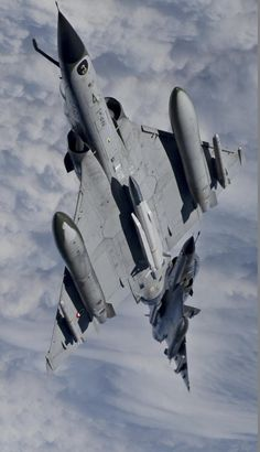 The best pictures of airplanes, airships, helicopters, spaceships and Military Jets, Military Aircraft, Military Weapons, Air Fighter, Fighter Jets, Photo Avion, Dassault Aviation, Military Photos, Jet Plane