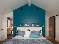 Camera da letto blu petrolio 2
