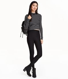 Leggings in thick, ribbed jersey with a high, elasticized waistband.
