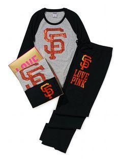 Baseball Tee & Boyfriend Pant Gift Set SF Giants - Victoria's Secret PINK - Victoria's Secret #christmaslist