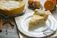 La pastiera napoletana è uno tra i dolci più importanti e preparati nel periodo pasquale e anche natalizio. E' ricchissima e buonissima.